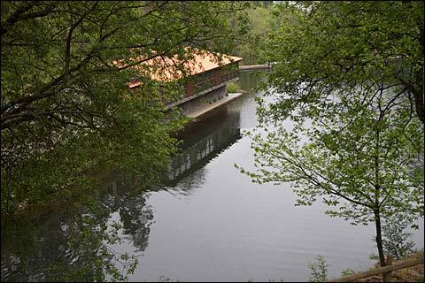 river restaurant, schist villages